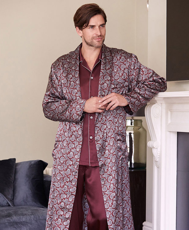 Man dressed in a silk robe